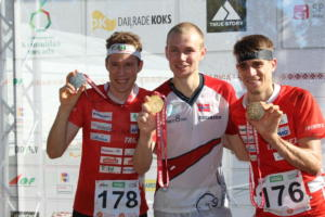 Middle men Podium (2)